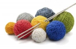Yarn and knitting needles_1